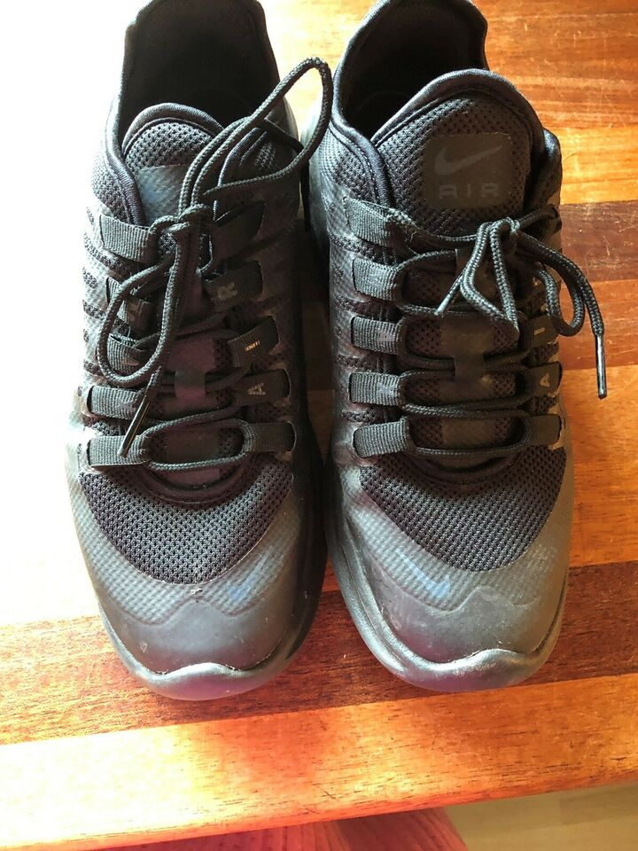 Sneakers, str. 38, Nike air max </p>                     </div>   <!--bof Product URL --> <!--eof Product URL --> <!--bof Quantity Discounts table --> <!--eof Quantity Discounts table --> </div>                        </dd> <dt class=