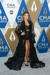 Dolce-amp-Gabbana-look-worn-by-Maren-Morris-to-the-2020-CMA-Awards