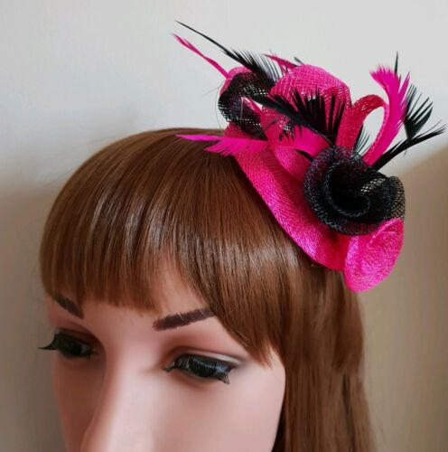 Beautiful Fuschia /& Black feather /& flower design facinator wedding//670