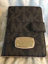 NWT MICHAEL MICHAEL KORS PVC JET SET PASSPORT CASE/WALLET IN BROWN