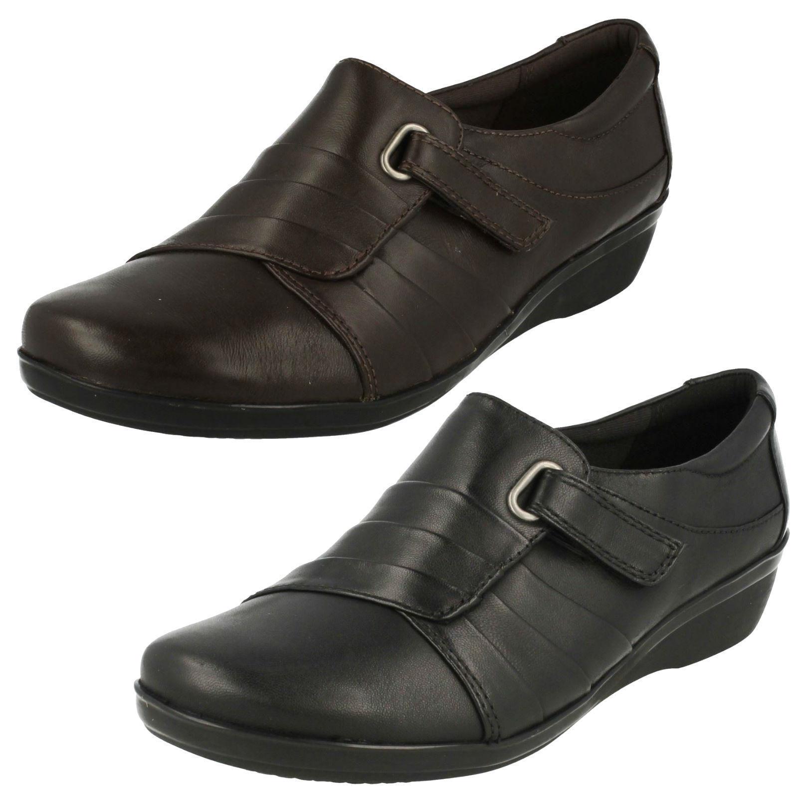 Damen Clarks schwarz / dunkelbraune Leder Schuhe everlay Luna