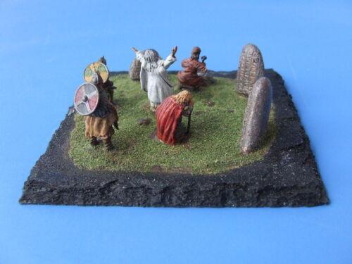 Maßstab Priester Wikinger+Gode NEU +Steinmetz+Runensteine 1:72
