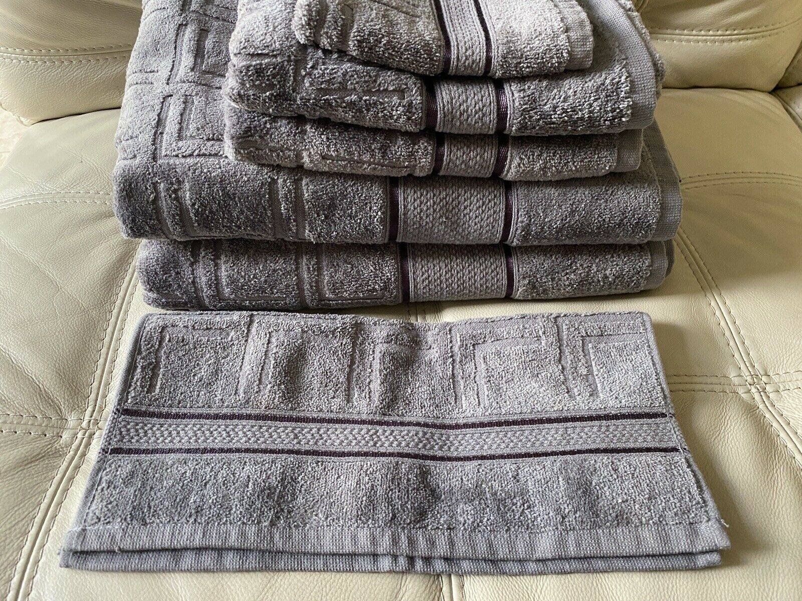 *NEW!* Hotel Diamond Collection Set of 6 Towels 100% Cotton Grey