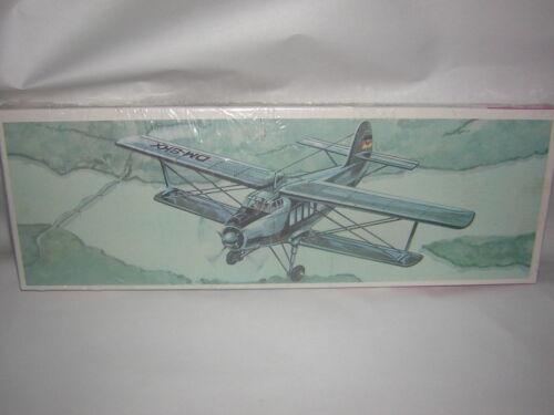 1//72 1//75  AN-2 petit  avion de ligne  PLASTICART RARE