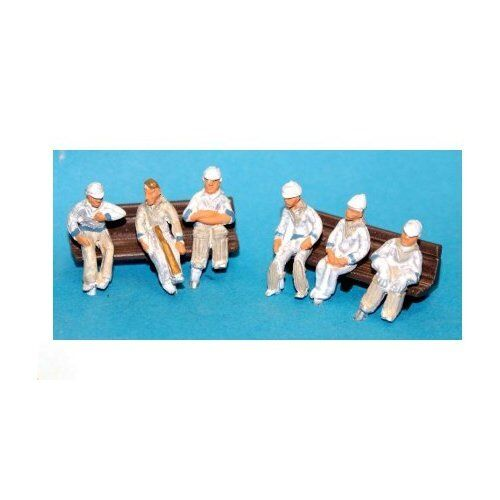 OO scale - Unpainted 6 x Seated Cricketers Langley F35D waiting to play