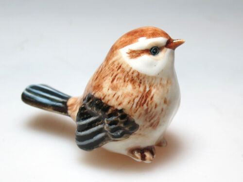 Ceramic Sparrow Bird Figurine Hand Painted Craft Miniature Dollhouse Gift Decor
