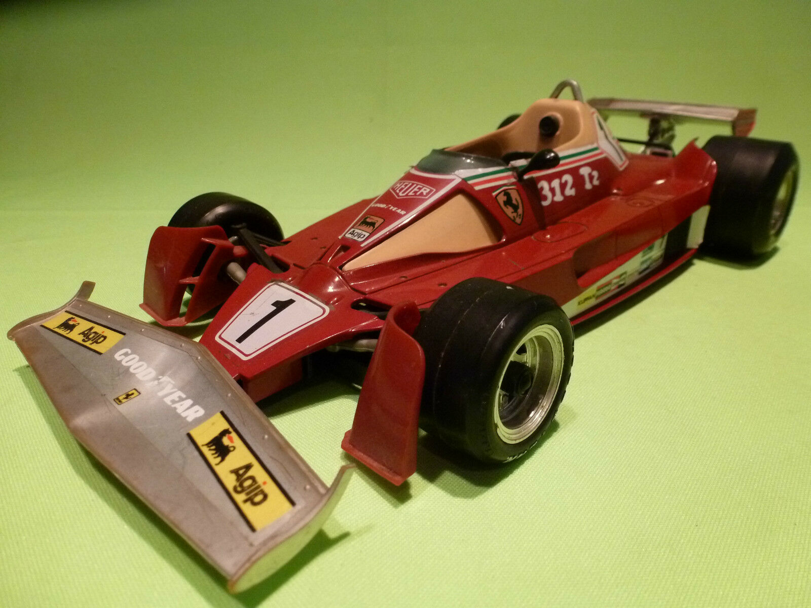 BBURAGO 1 14  FERRARI 312 T2   - WORLD CHAMPION   2101  - IN GOOD CONDITION