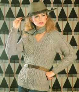 Knitting Pattern Lady/'s  Bulky Cable Sweater  81-107 cm 207