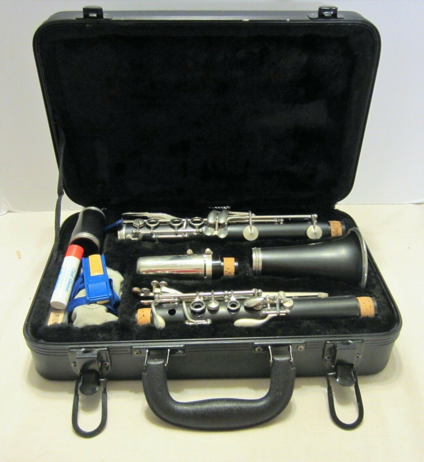 Buffet Crampon & Cie Aparis Good Quality Student Clarinet in Case Germany