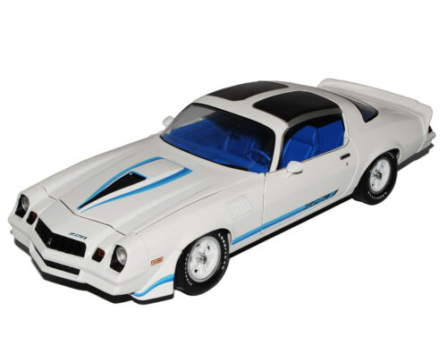 Generation 1970-1981 1//18 GreenLight Mode Chevrolet Camaro z28 blanco con azul 2