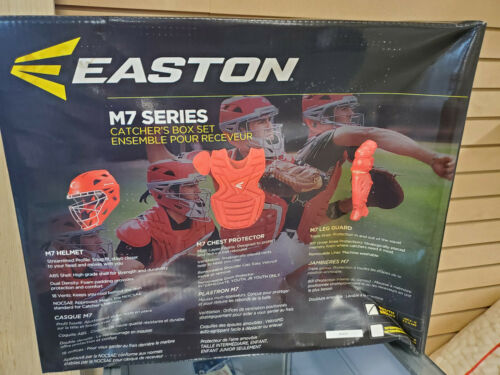 Youth Easton M7 Series Catching Gear Set Black Brand New in Box