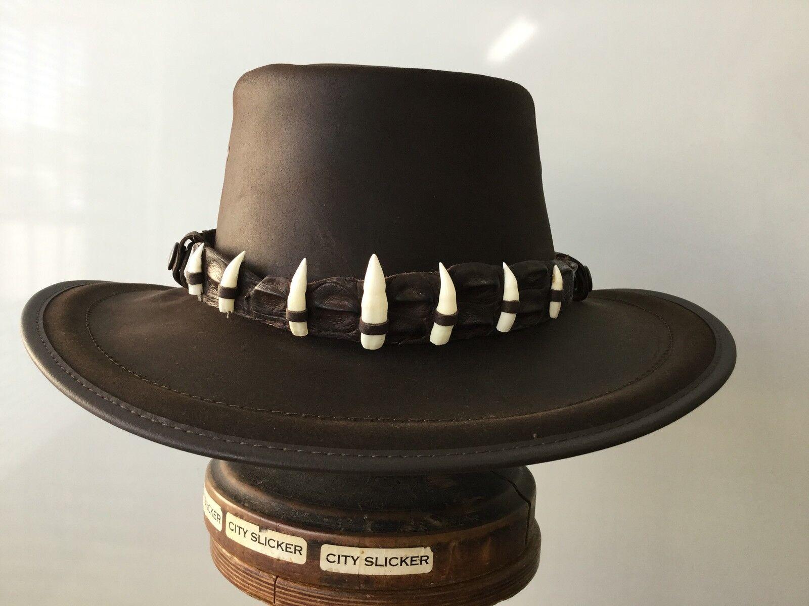 Buffalo oiled wax leather hat with Crocodile  Band  7 jumbo teeth  55 cm  Small