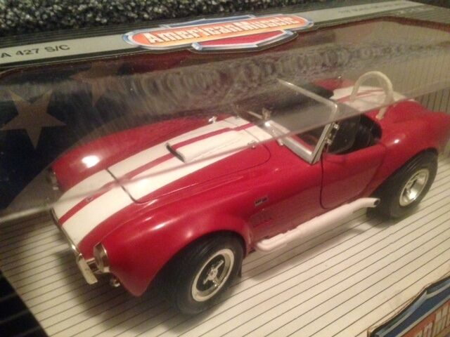 1 18 Ertl American Muscle Red Shelby Cobra 427 SC Item 7346 7369