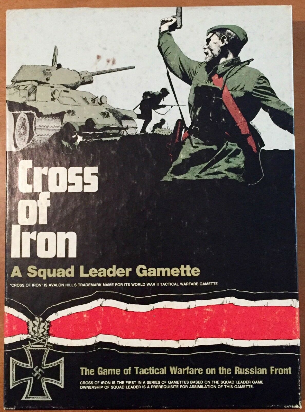 Cross Of Iron Third Edition  Squad Leader exp.  Avalon Hill 1980 - UNPUNCHED