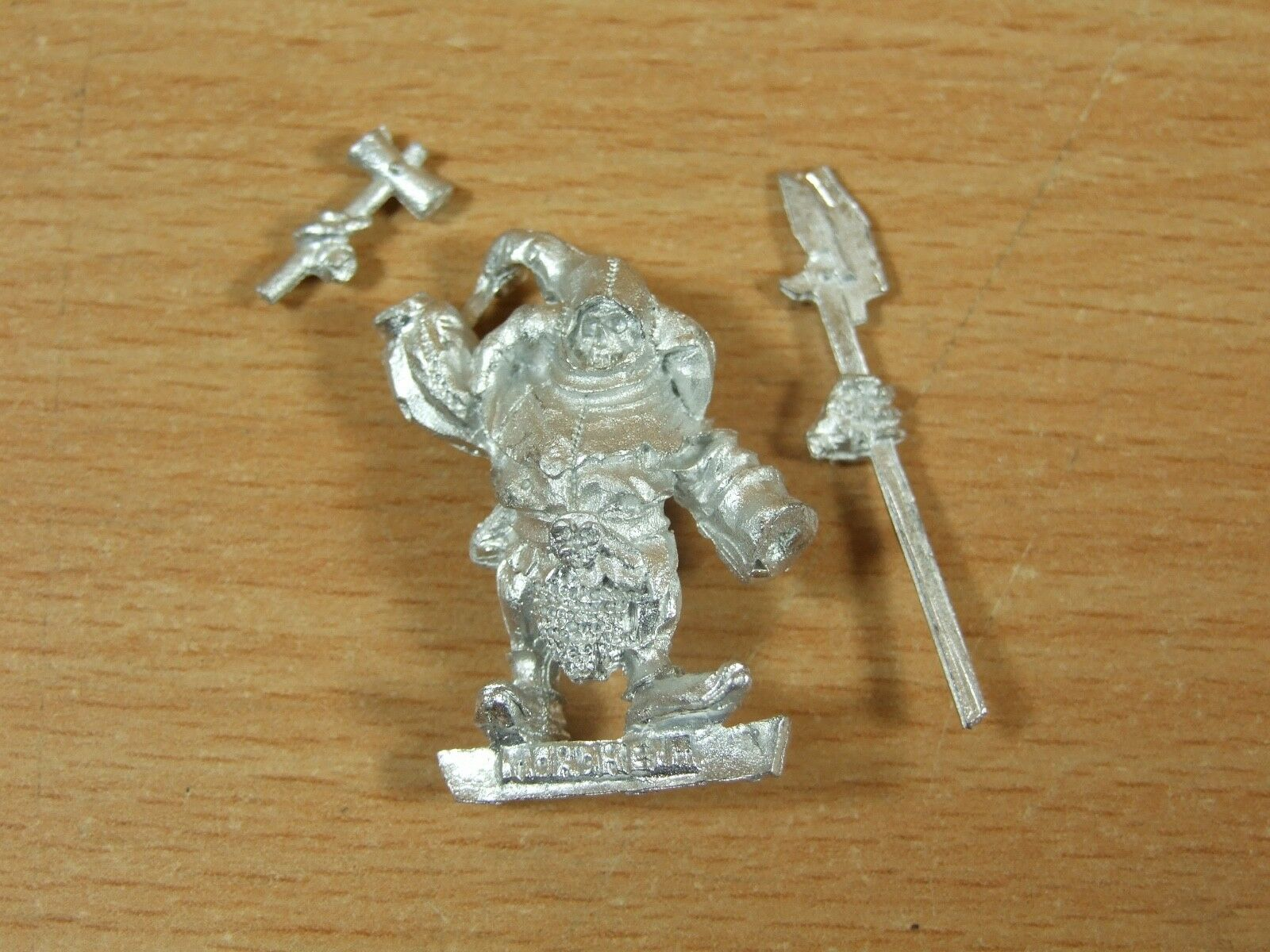 CLASSIC METAL MORDHEIM WARHAMMER CARNIVAL OF CHAOS JESTER UNPAINTED (2723)