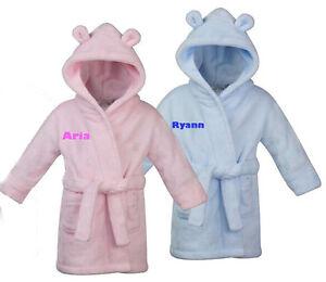 Bebe-personnalise-robe-Maison-manteau-peignoir-brode-rose-bleue