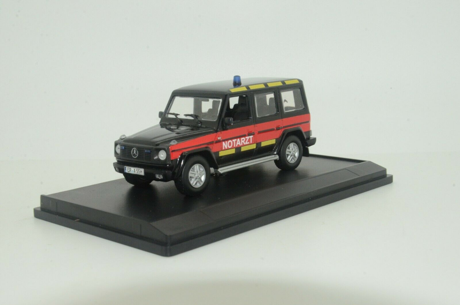RARE     Mercedes G Notarzt Ambulance Custom Made 1 43