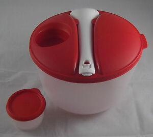 Tupperware-A-206-Grosser-Salat-amp-Go-3-9-l-m-Salatbesteck-Dose-Rot-Weiss-Neu-OVP