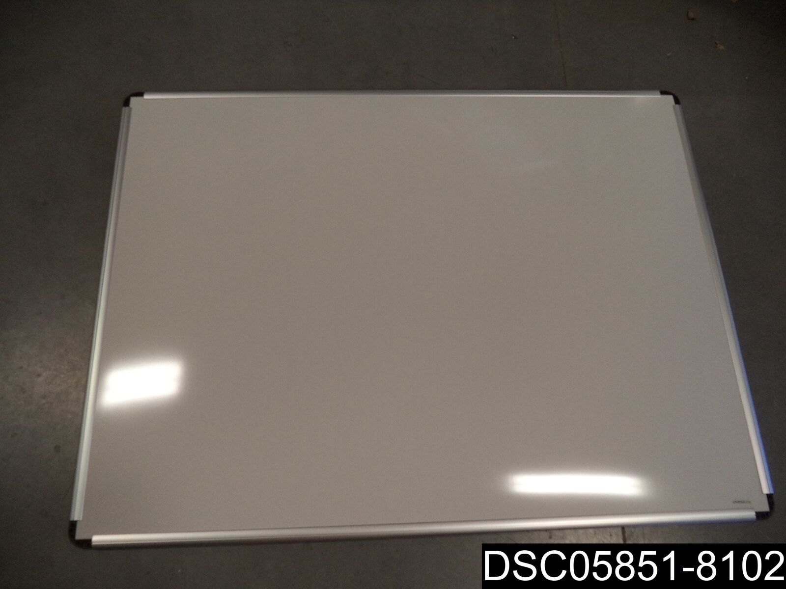 Universal One Porcelain Magnetic Dry Erase Board, 48 X 36, White UNV43842