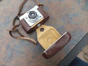 Vintage-Ilford-Sportsman-35mm-Camera-Dacora-1-2-8-45mm-Vario-Lens-W-Case-Germany