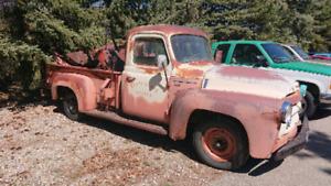 1956 International Harvester S 110