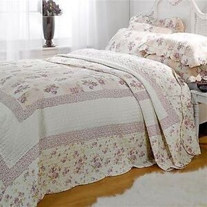 king size lilac floral patchwork quilted bedspread throw 2 pillow shams ebay. Black Bedroom Furniture Sets. Home Design Ideas