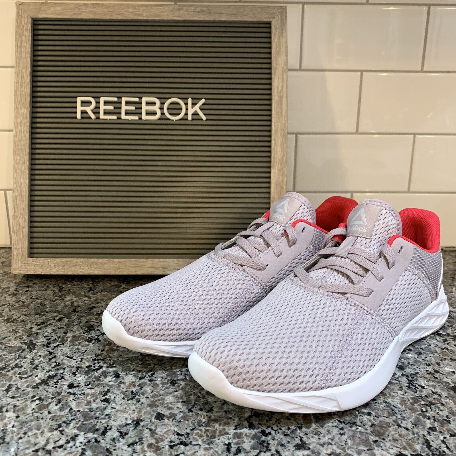 Reebok Women's Astroride Strike Running shoes Purple pink Size 9