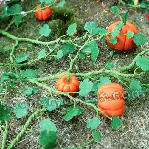 Lot of 18 Pumpkins HO Scale & 250 Fall Mixed Branches