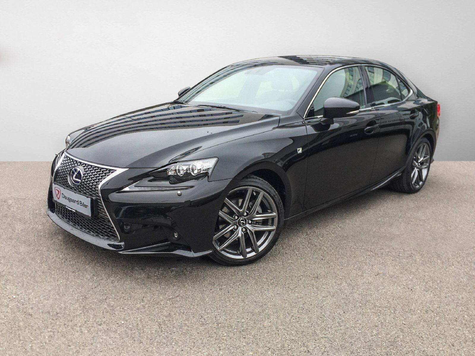 Lexus IS300h 2,5 aut. 4d - 553.900 kr.