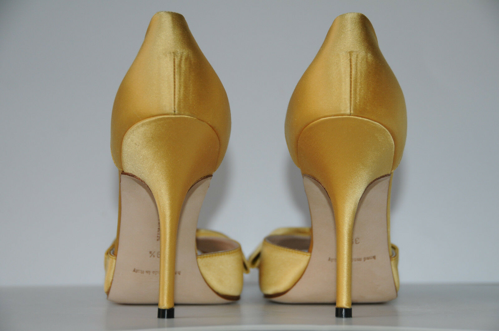 775 New MANOLO BLAHNIK CLAUSADO jaune SATIN EVENING chaussures 40 9.5 Wedding f87b13