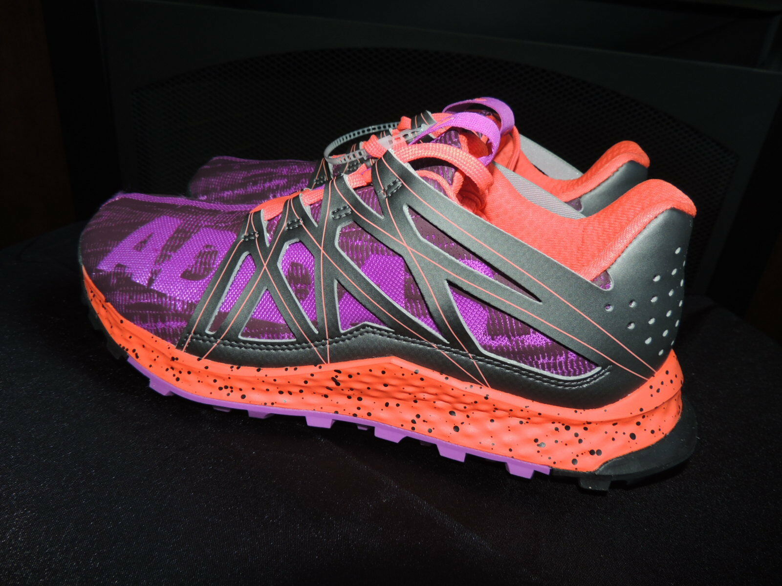 NEW Womens Size 6  ADIDAS VIGOR BOUNCE  Purple Night Coral Trail Running shoes