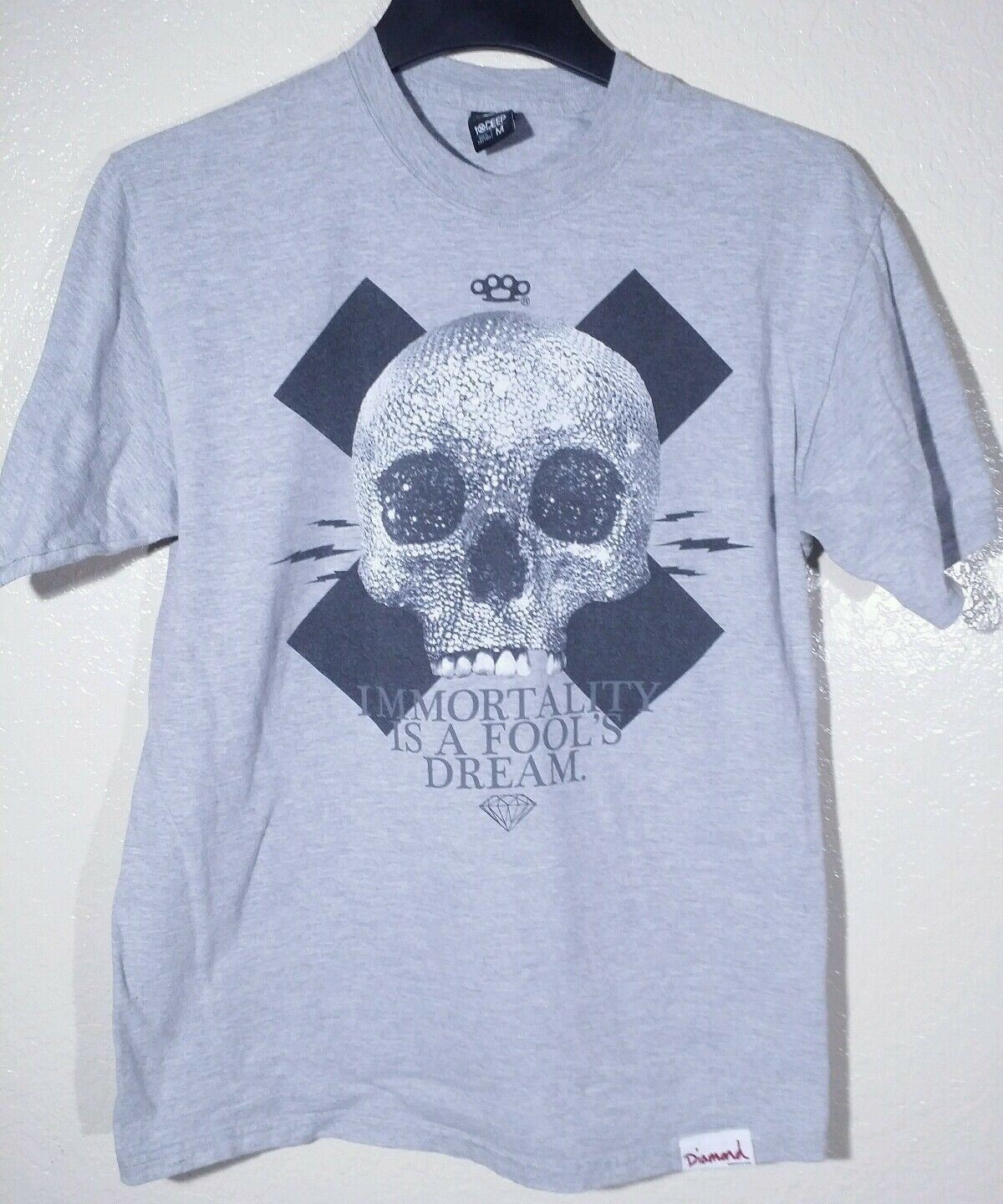 LIMITED PRIVATE RELEASE DIAMOND SUPPLY X 10 DEEP SHIRT Med RARE grau SKULL