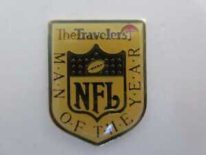 """Pin American Football NFL US Sport """"Man of the Year"""" The Travelers"""