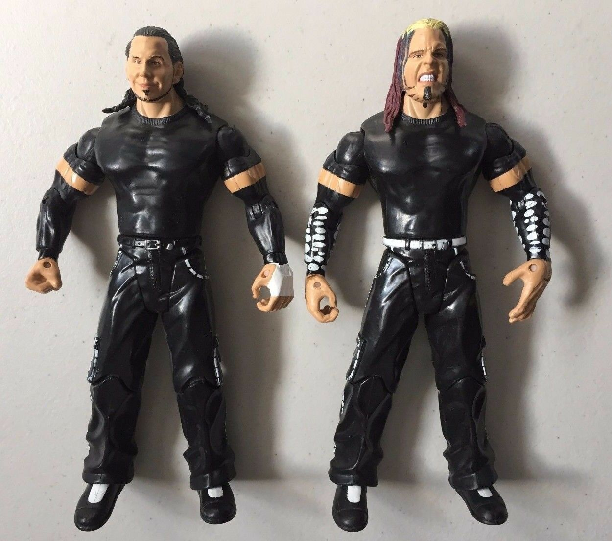 WWF WWE Classic MATT & JEFF HARDY BOYZ EXCLUSIVE Wrestling Figures LOOSE USED