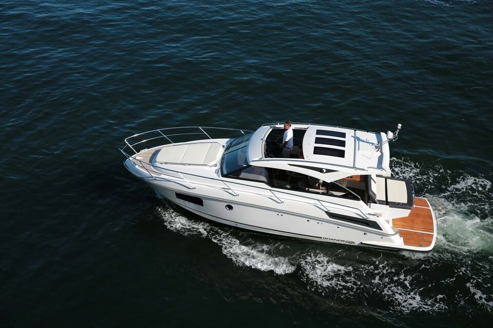 Grandezza 34 OC, Motorbåd, 2018