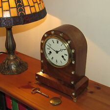 Delightful 19th Century Striking Mantle Clock In Walnut & Mother Of Pearl Case