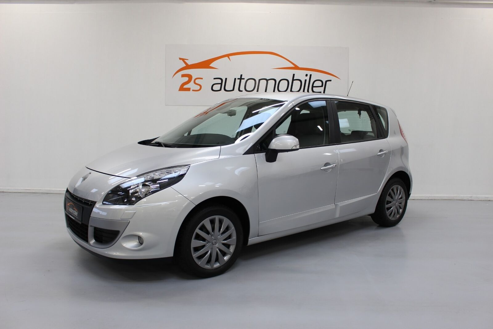 Renault Scenic III 1,6 dCi 130 Expression 5d