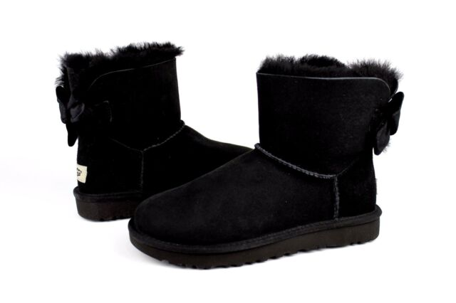 558221f43 UGG MINI BAILEY BOW II VELVET RIBBON BOOT BLACK SIZE 7 US VERY RARE  EXCLUSIVE