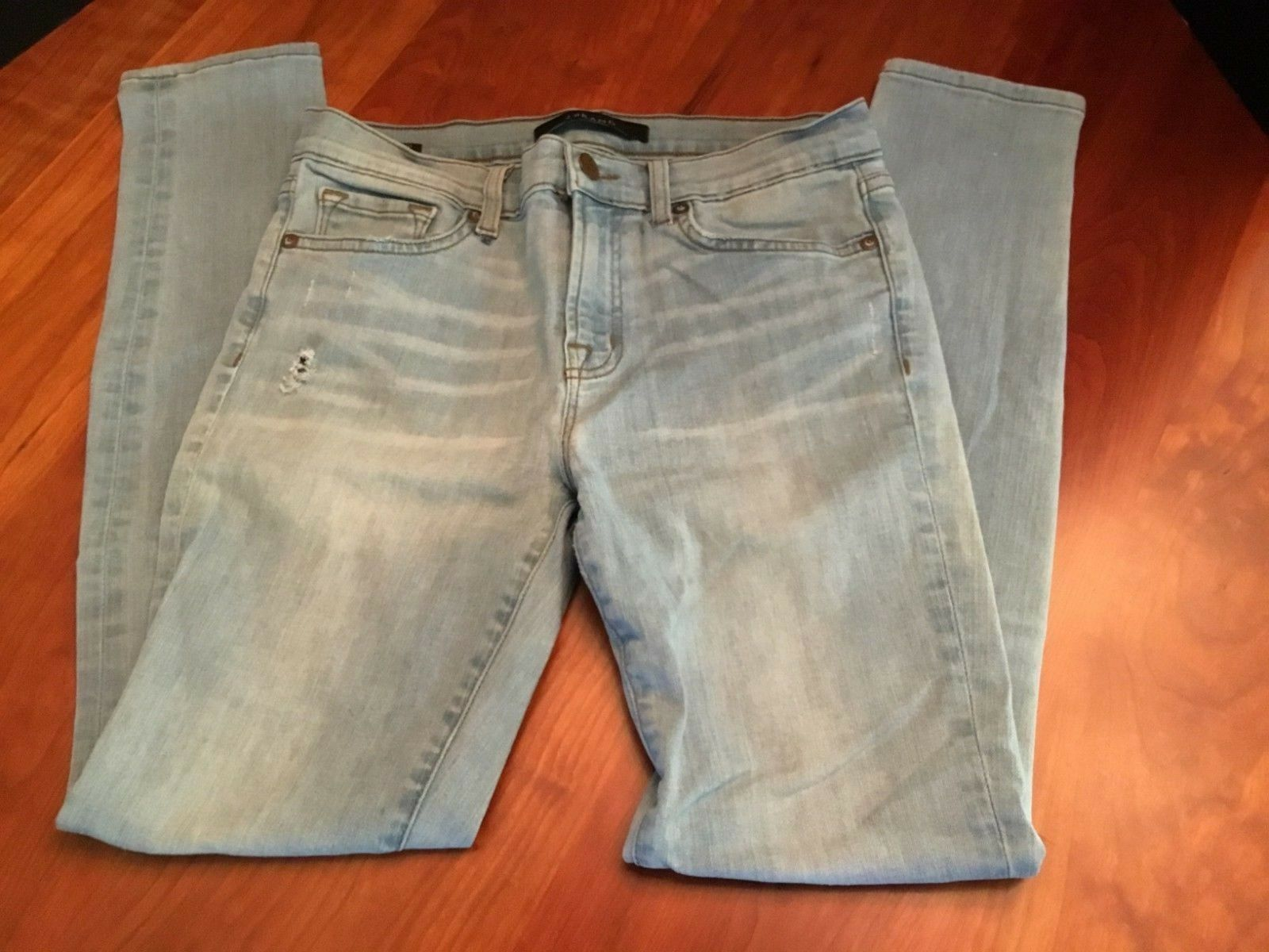 J Brand Women's Light Wash Denim Skinny Leg Jeans  Size 28   29L