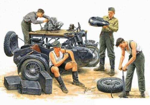 BUNDLE LOT OF GERMAN MOTORCYCLE TROOPS 4 PLASTIC KITS 1//35 MASTER BOX