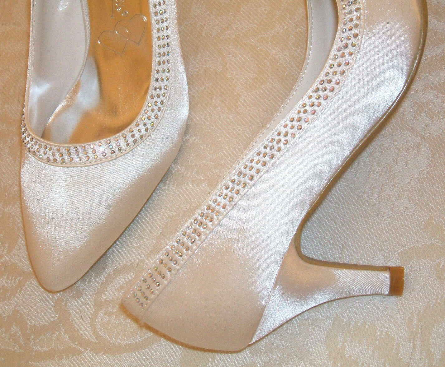 ANNE MICHELLE SIZE 2 3 4 5 6 7 8 WHITE SATIN DIAMANTE MID LOW HEEL BRIDAL SHOES