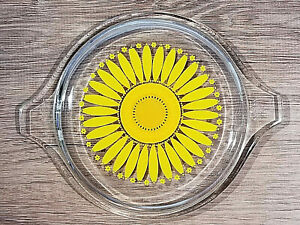 One Vintage Pyrex Sunflower Glass Replacement Lid 14 470 C for Casserole Dishes
