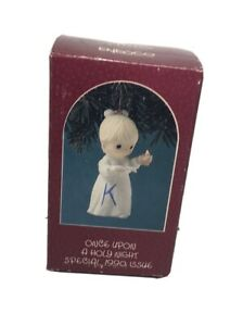 Enesco PRECIOUS MOMENTS 523836 ONCE UPON A HOLY NIGHT 1990 Girl w/Bible & Candle