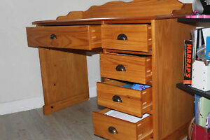 Bureau-en-pin-massif-Authentic-Style