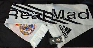servir camión Inconsciente  Adidas Real Madrid C.F. Spain Soccer Estadio Santiago Bernabeu Scarf 58