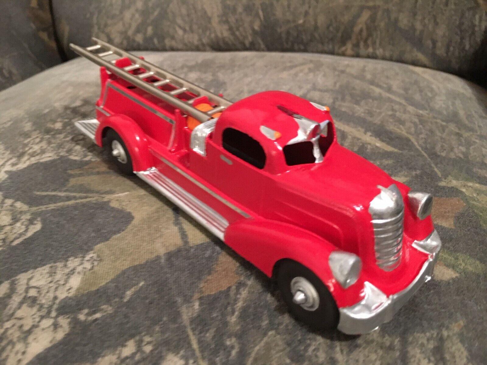HUBLEY FIRE TRUCK AHRENS 1930'S Ladder 7  Vintage KiddieToy Diecast Metal Toy  2