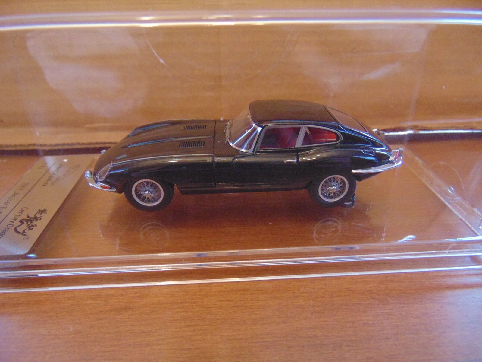 1 43 JAGUAR E-TYPE SERIES 1 Coupé-Century Dragon-Noir-High End Diecast