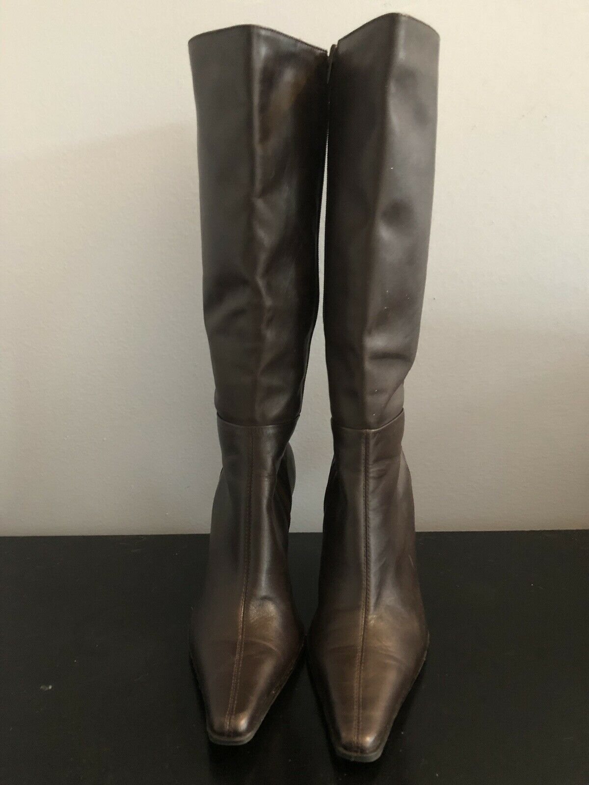 New Leather women boots size 8.5