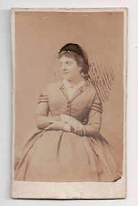 Vintage-CDV-Hand-tinted-Portrait-of-a-Lady
