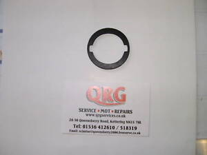 Reliant-Scimitar-Tail-Gate-Lock-Gasket-New-Rubber